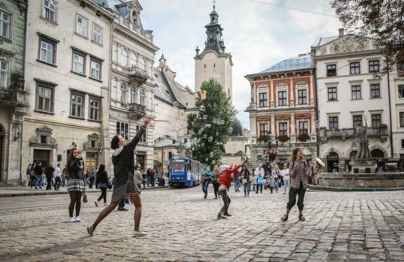 5 Negara dengan Pejalan Kaki Terbanyak di Dunia yang Membuat Tubuh Sehat